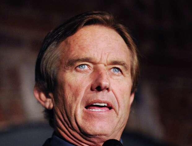 "Robert F. Kennedy Jr., an environmental advocate, was the featured speaker for the first of the new ""Global Insights"" lectures at the Maritime Aquarium in Norwalk, Thursday night, Oct. 18, 2012. Photo: Bob Luckey / Greenwich Time"
