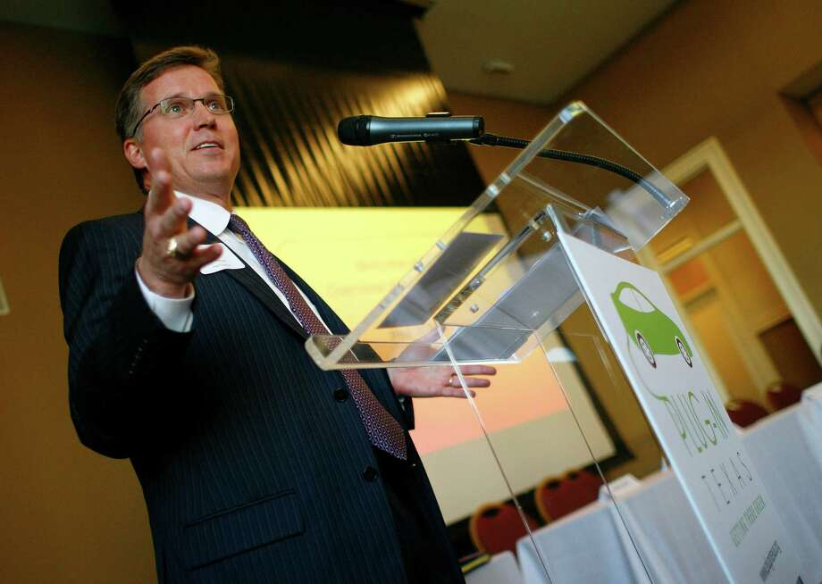 Railroad Commission Chairman Barry Smitherman believes energy independence is finally possible. Photo: Nick De La Torre / Houston Chronicle