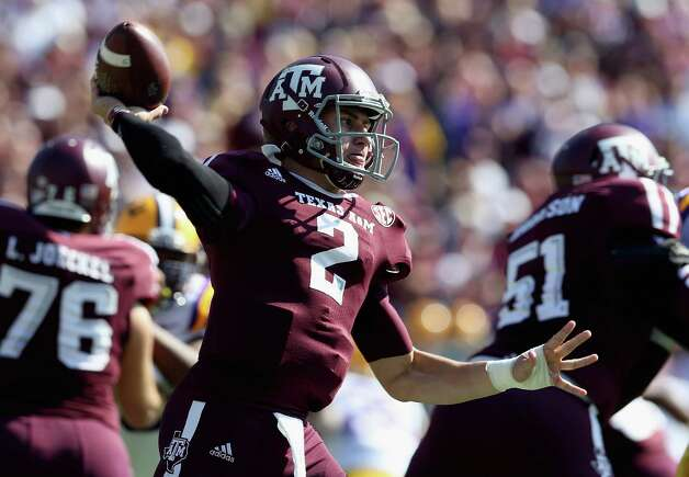 Johnny Manziel (2) of the Texas A&M Aggies throws against the LSU Tigers at Kyle Field on October 20, 2012 in College Station, Texas. Photo: Ronald Martinez, Getty Images / 2012 Getty Images