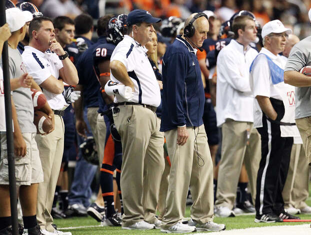 UTSA head coach Larry Coker had little to cheer about during the first half against San Jose State at the Alamodome on Saturday, Oct. 20, 2012. UTSA lost to San Jose State, 52-24. Photo: Kin Man Hui, Express-News / © 2012 San Antonio Express-News