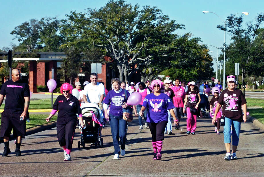 Thousands participated Saturday in the second annual American Cancer Society's Making Strides Against Breast Cancer 5K event at Lamar University. Photo: Sarah Moore