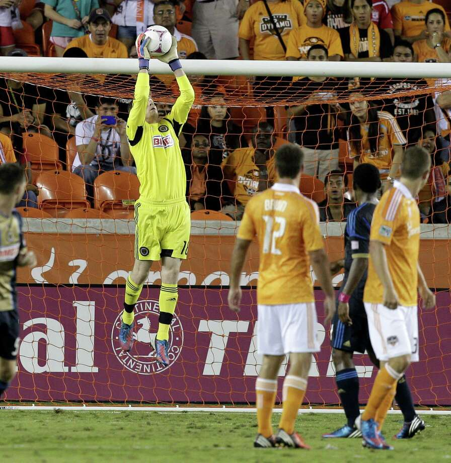 HOUSTON,TX - OCTOBER 20: Zac MacMath #18 of the Philadelphia Union makes a save in the first half against the Houston Dynamo at BBVA Compass Stadium on October 20, 2012 in Houston, Texas. Photo: Bob Levey, Getty Images / 2012 Getty Images