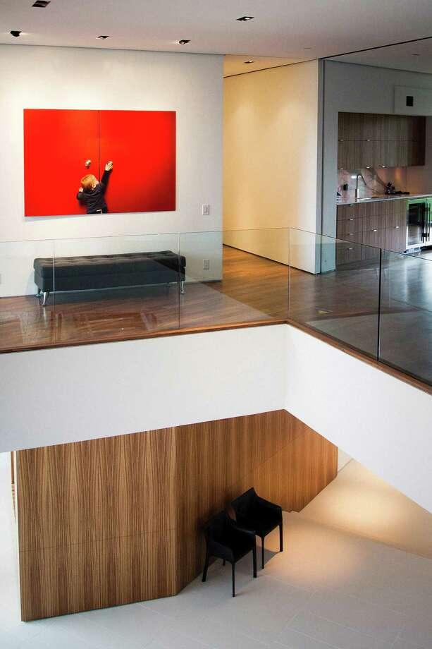 An interior shot of Michael and Natasha Bleyzer's 15,000-square-foot house. Photo: Michael Paulsen, Houston Chronicle / © 2012 Houston Chronicle