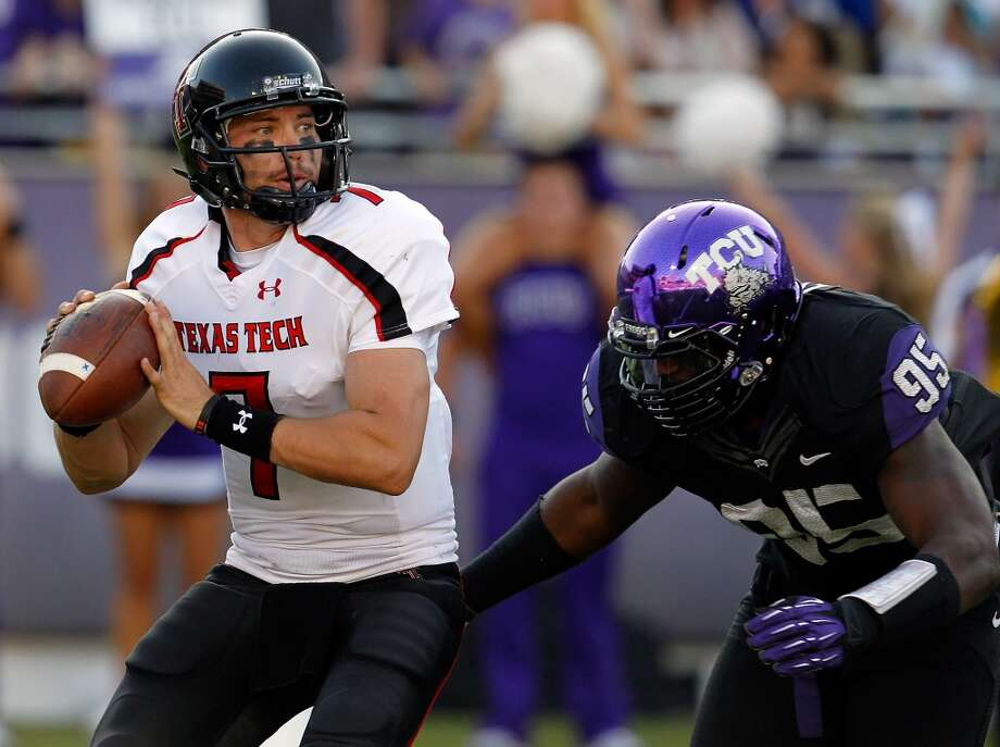 1. Texas Tech (6-1, next game Saturday @ Kansas State) — Clean no-turnover effort vs. TCU enables bowl-eligible Red Raiders to keep confounding skeptics for another week.  Tom Pennington/Getty Images