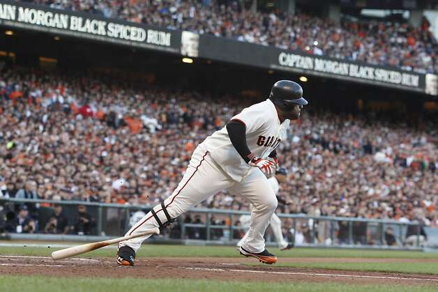 Giants' third baseman Pablo Sandoval singles in the 2nd inning to score Marco Scutaro during the NLCS game 6 at AT&T Park in San Francisco, Calif., on Sunday, Oct. 21, 2012. Photo: Brant Ward, The Chronicle