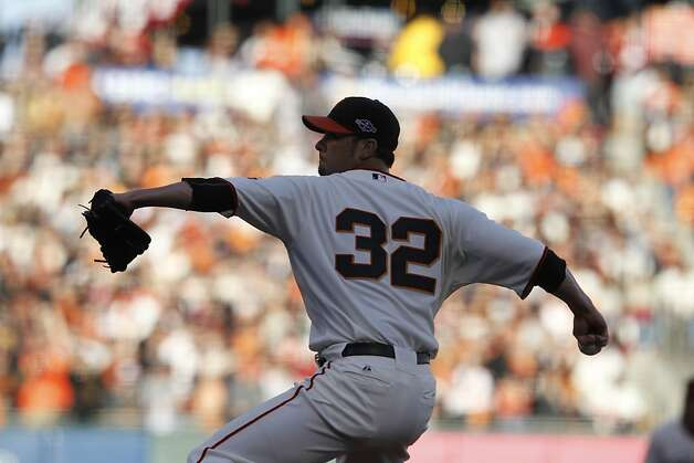 Giants' pitcher Ryan Vogelsong throws in the first inning during the NLCS game 6 at AT&T Park in San Francisco, Calif., on Sunday, Oct. 21, 2012. Photo: Brant Ward, The Chronicle