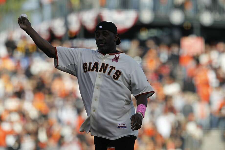 Former Giant Jeffrey Leonard throws out the first pitch prior to the NLCS game 6 at AT&T Park in San Francisco, Calif., on Sunday, Oct. 21, 2012. Photo: Brant Ward, The Chronicle