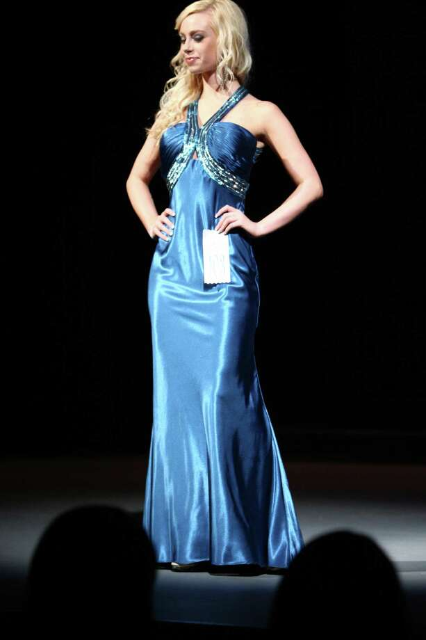 Miss Camas USA Shelby Meader participates in the evening gown competition during the Miss Washington USA and Miss Teen Washington USA pageant on Sunday at the Highline Performing Arts Center in Burien. Miss Washington was chosen at the event to represent the Evergreen State in the 2013 Miss USA pageant. Photo: JOSHUA TRUJILLO / SEATTLEPI.COM