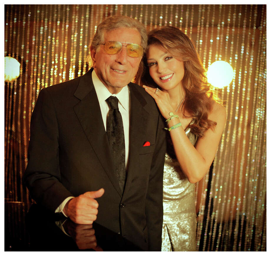 "Tony Bennett and Thalia team up on ""The Way You Look Tonight."" Photo: Sony"