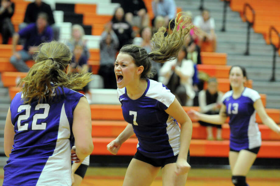 Westhill's Melissa Miles reacts to a point as Stamford High School hosts Westhill in a girls volleyball game in Stamford, Conn., Oct. 22, 2012. Photo: Keelin Daly / Stamford Advocate Riverbend Stamford, CT