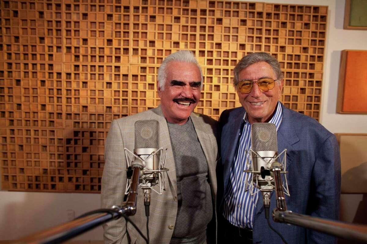 "Tony Bennett and Vicente Fernandez team up on ""Viva Duets."" Photo by Ivan Manjarrez."
