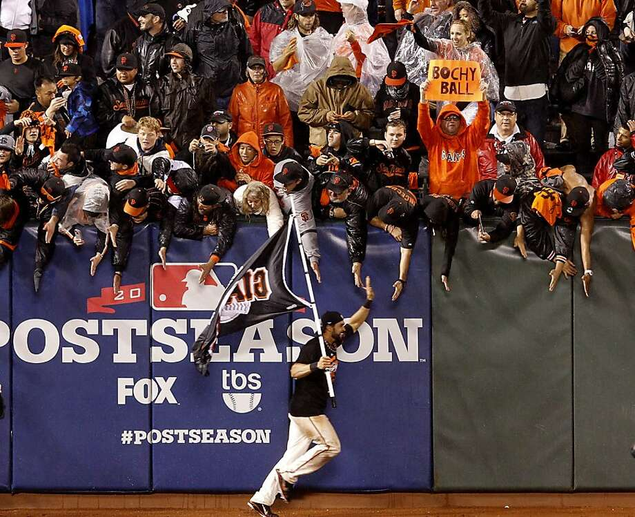 After an entire season of fans proudly waving the flag for the San Francisco Giants, center fielder Angel Pagan was more than happy to return the favor after the Photo: Brant Ward, The Chronicle