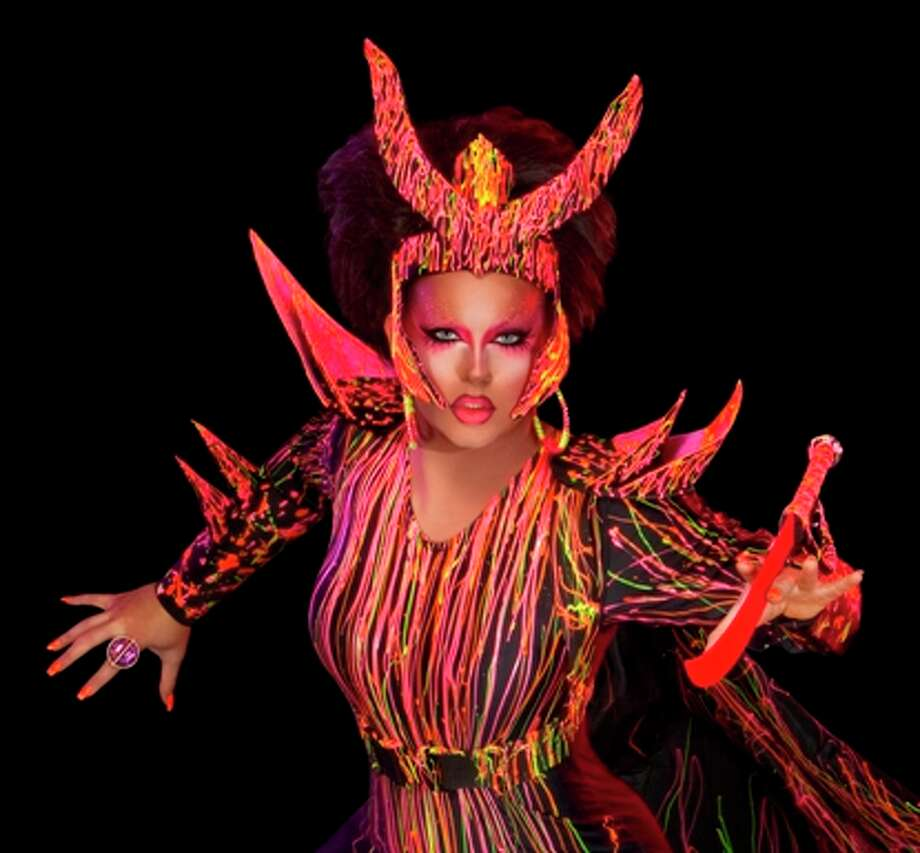 Shannel. Teamed with Chad Michaels.