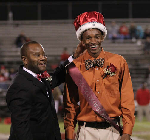 Josh Thomas crowned Homecoming King. Photo: Jason Dunn