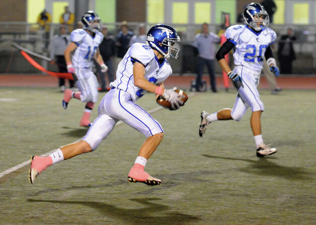 Ludlowe's Daniel Santella in action as Brien McMahon hosts Fairfield Ludlowe in a football game in Norwalk, Conn., Oct. 19, 2012. Photo: Keelin Daly / Stamford Advocate Freelance