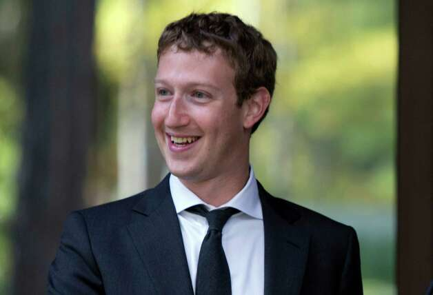 2010: Mark Zuckerberg Photo: Alexander Zemlianichenko / AP Pool