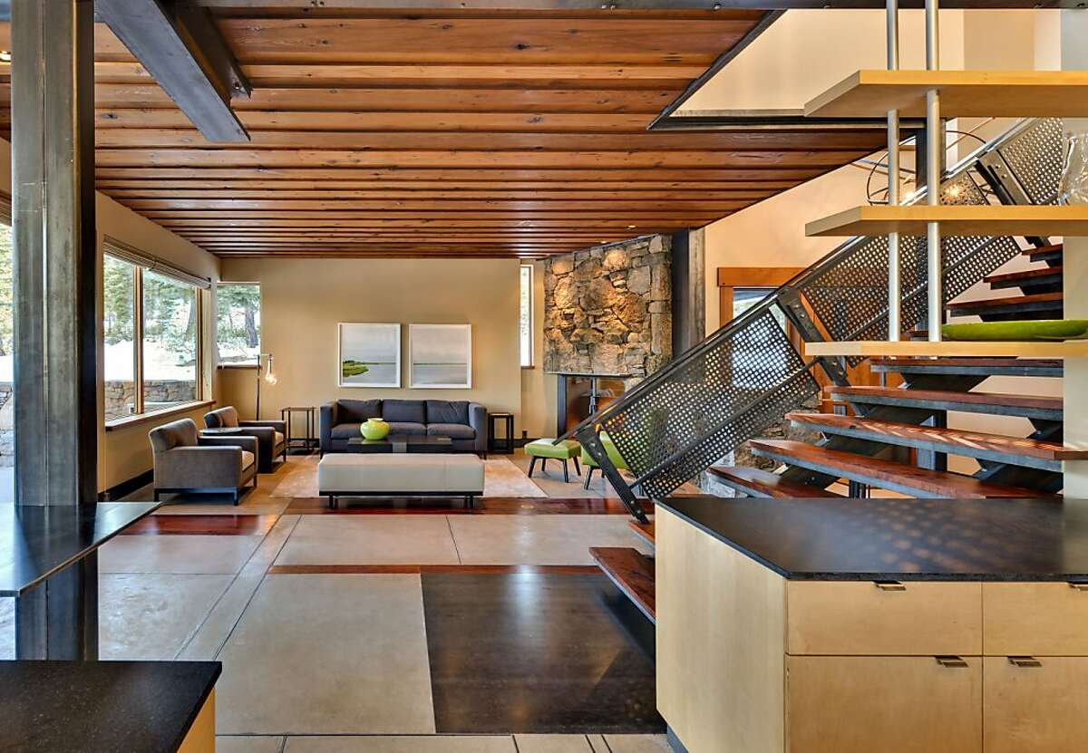 Architect Greg Faulkner's Martis Camp design flows freely indoors to outdoors.