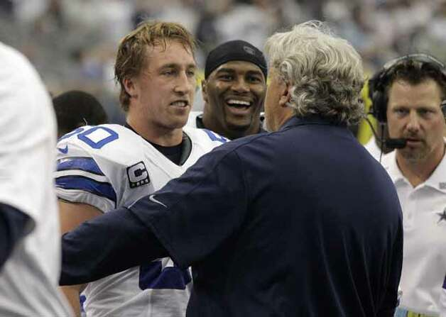 Dallas Cowboys' Sean Lee (50) talks with defensive coordinator Rob Ryan, right, after Lee intercepted a pass from the Tampa Bay Buccaneers first half of an NFL football game Sunday, Sept. 23, 2012, in Arlington, Texas. (AP Photo/Tony Gutierrez) Photo: Tony Gutierrez, Associated Press / AP