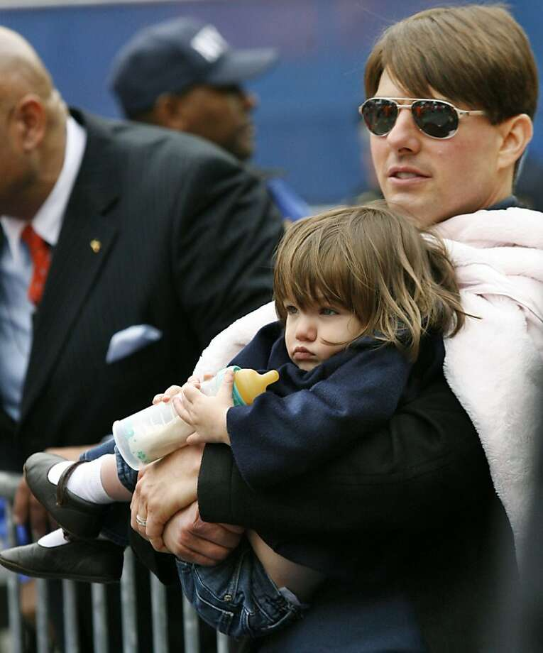 Actor Tom Cruise with his daughter, Suri, in 2007. Photo: Kathy Willens, Associated Press