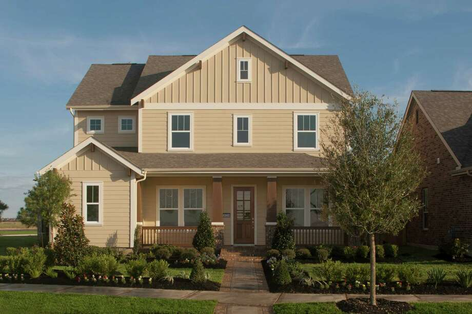 J. Kyle Homes is opening two model homes today in Bridgeland?s Lakeland Heights neighborhood, showcasing designs for both 42-foot and 50-foot properties. The builder offers 11 designs in the traditional neighborhood development, with base prices from the $170,000s and home sizes up to 3,200 square feet.