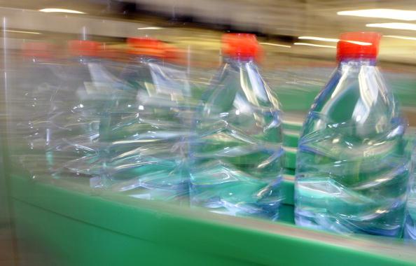 Washington gives boot to bottled water companies under Senate bill