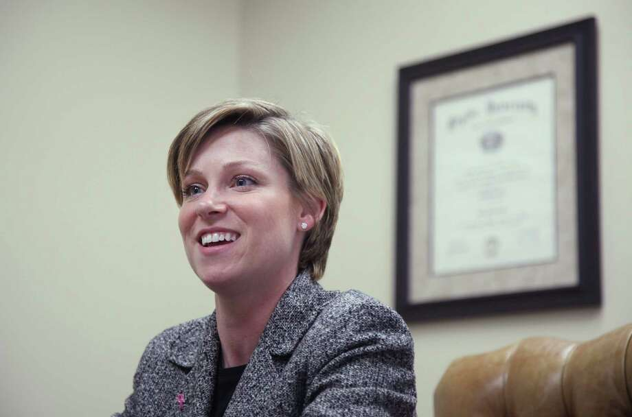 State Representative Sarah Davis is photographed in her office on Monday, Nov. 15, 2010, in Houston.( Mayra Beltran / Houston Chronicle ) Photo: Mayra Beltran / Archived