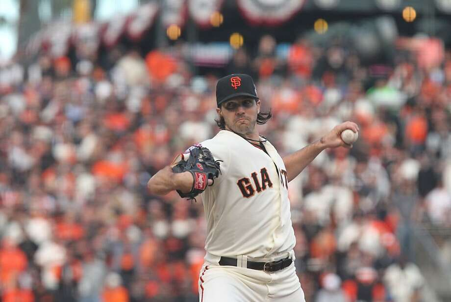 Barry Zito won the matchup of Cy Young Award winners, outpitching Detroit's Justin Verlander. Photo: Lance Iversen, The Chronicle