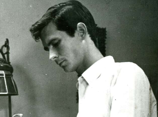 "Anthony Perkins, who played Norman Bates in ""Psycho,"" died from complications of AIDS in 1992. Photo: Universal City Studios / SFC"
