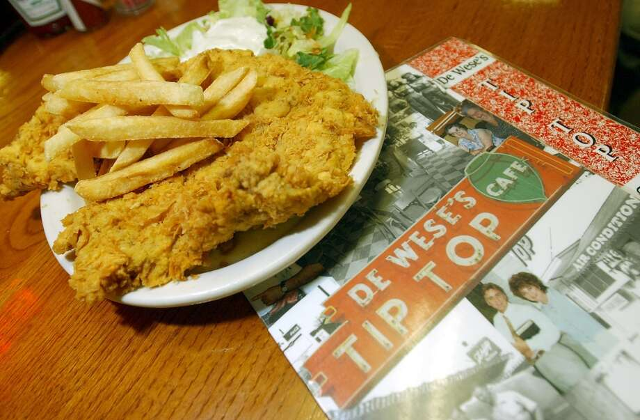 The chicken-fried steak is one of many favorite dishes offered at DeWese's Tip Top Cafe.  (SAN ANTONIO EXPRESS-NEWS)
