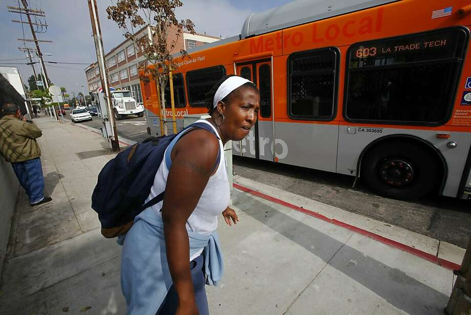 Norphesa Jones shuttles 20 miles between campuses because the math class she needed wasn't offered at one college, so she travels to a second. Photo: Mark Boster, McClatchy-Tribune News Service