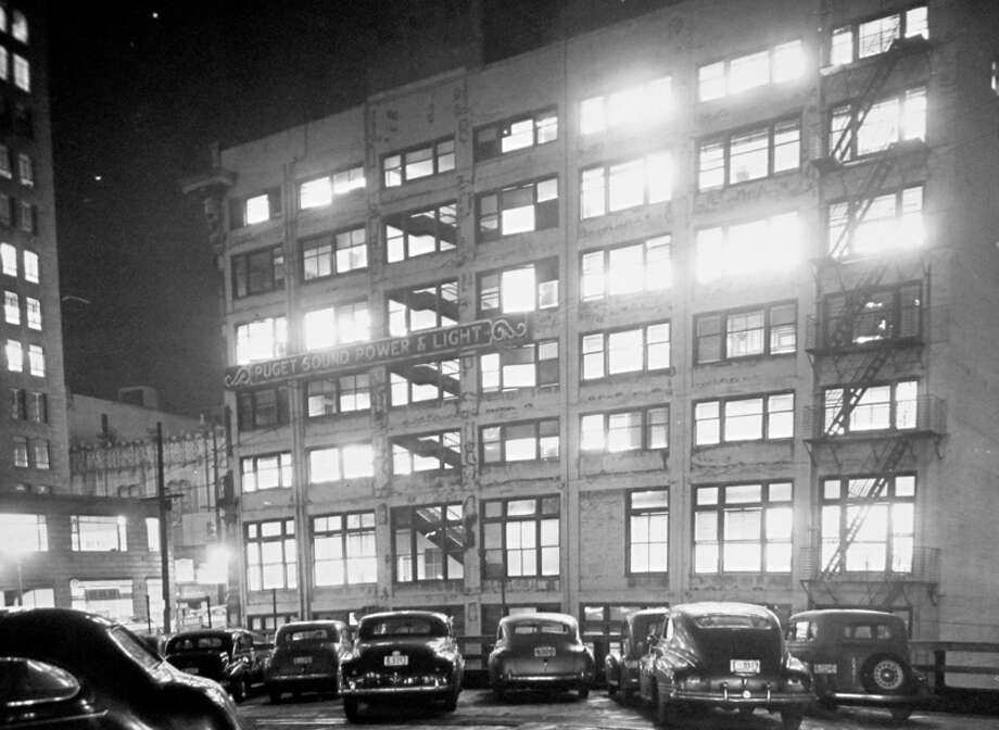 The Puget Sound Power and Light building in January 1944. The photo is taken from the roof of the nearby parking garage when a photographer was preparing for a blackout event, according MOHAI-preserved P-I photo notes. Photo: MOHAI, Seattle-Post-Intelligencer Collection
