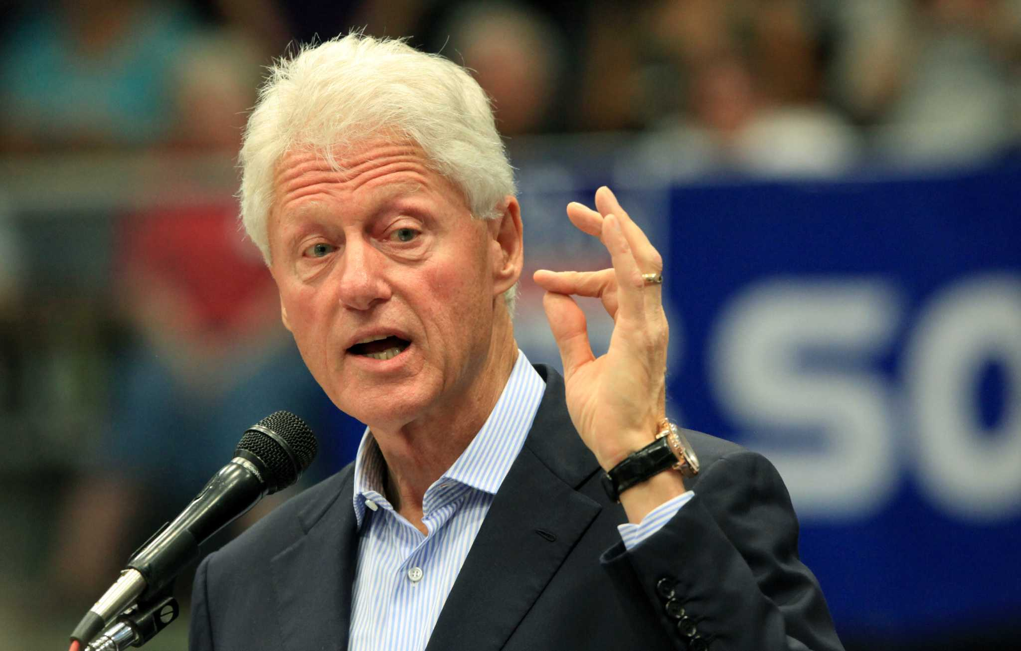 bill clinton rhodes scholarship essay Remember when bill clinton went to the north korea-south korea demilitarized zone as you can see above, he was looking into binoculars through the as you look at this striking comparison, keep in mind that we're told that one of these two people is a brilliant rhodes scholar - even though he never.