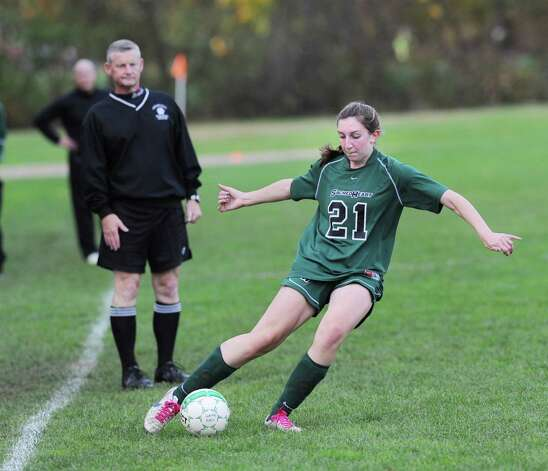 Emily Casper # 21 of Convent of the Sacred Heart advances the ball during the high school soccer match between Convent of the Sacred Heart and Rye Country Day School at Convent in Greenwich, Thursday afternoon, Oct. 25, 2012. Photo: Bob Luckey / Greenwich Time