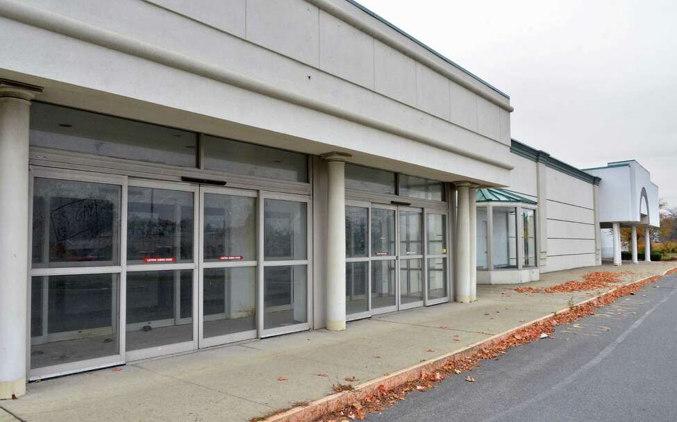 Empty storefronts at Latham Circle Mall in Colonie Thursday Oct. 25, 2012. (John Carl D'Annibale / Times Union)