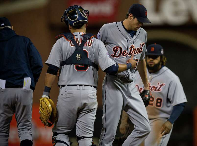 Detroit Tigers starting pitcher Doug Fister is removed from the game in the seventh inning against t