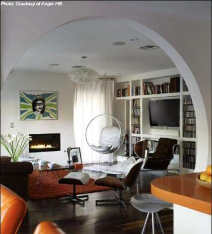 Contemporary art and furnishings add to the new modern aesthetic (Courtesy of Angie Hill/ AOL Real Estate)