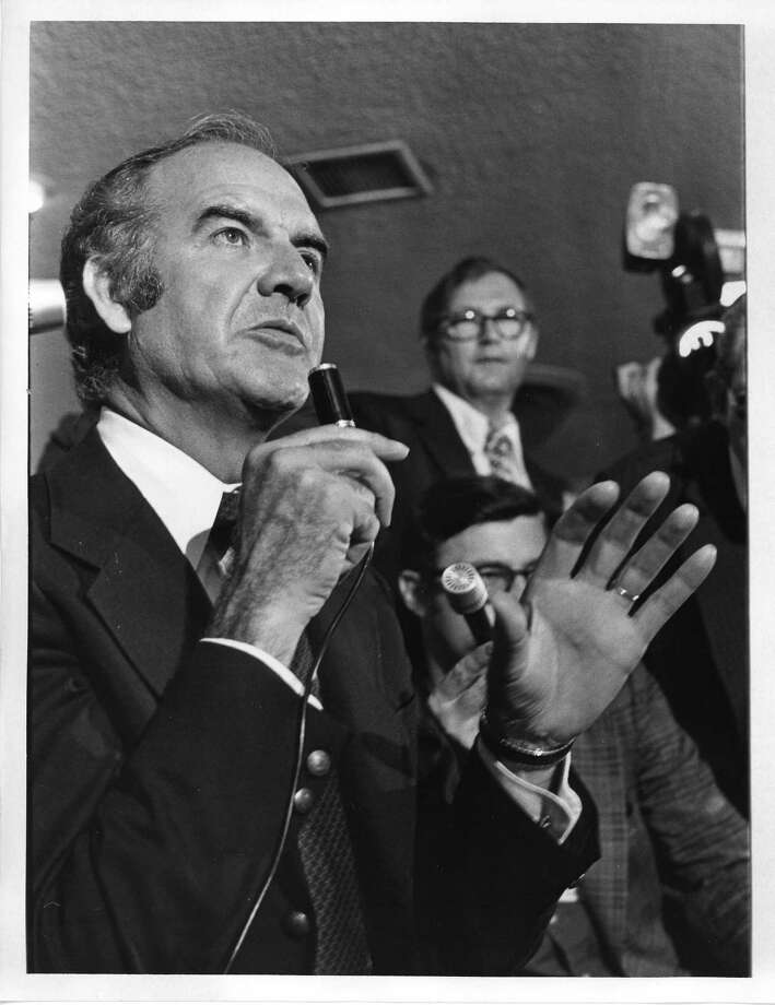 Democratic presidential candidate Sen. George McGovern campaigns in Houston. Photo: Frank South Jr., Houston Chronicle / Houston Post