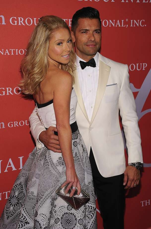 Kelly Ripa and Mark Consuelos attend the 29th Annual Fashion Group International Night Of Stars at Cipriani Wall Street on October 25, 2012 in New York City. Photo: Dimitrios Kambouris, Getty Images / 2012 Getty Images