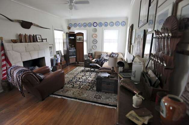 A view of the living room Thursday Oct. 25, 2012 at Sarah Reveley's home. (San Antonio Express-News)
