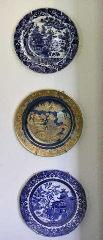 Detail of Blue Willow plates in Sarah Reveley's dining room Thursday Oct. 25, 2012. (San Antonio Express-News)