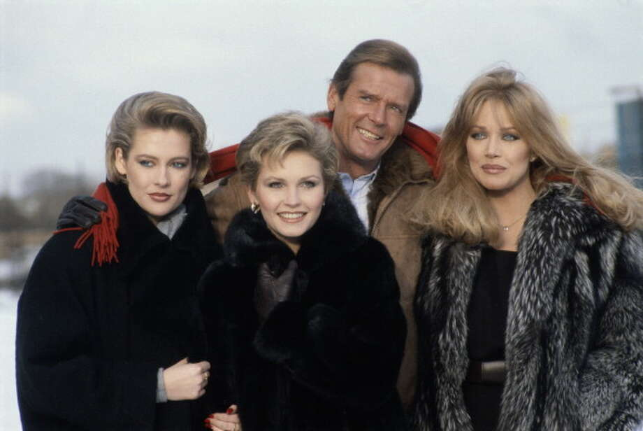 Tanya Roberts (right)