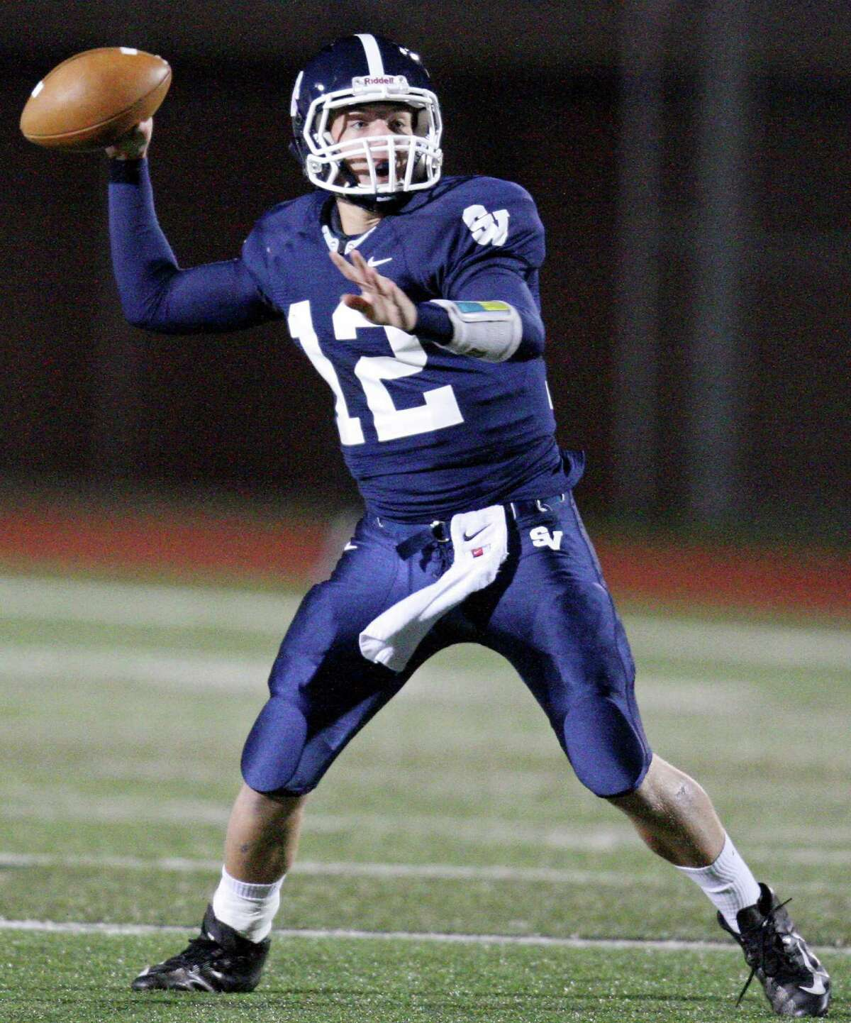 Smithson Valley's Garrett Smith passes against New Braunfels Canyon during first half action Friday Oct. 26, 2012 at Ranger Stadium in Spring Branch, Tx.