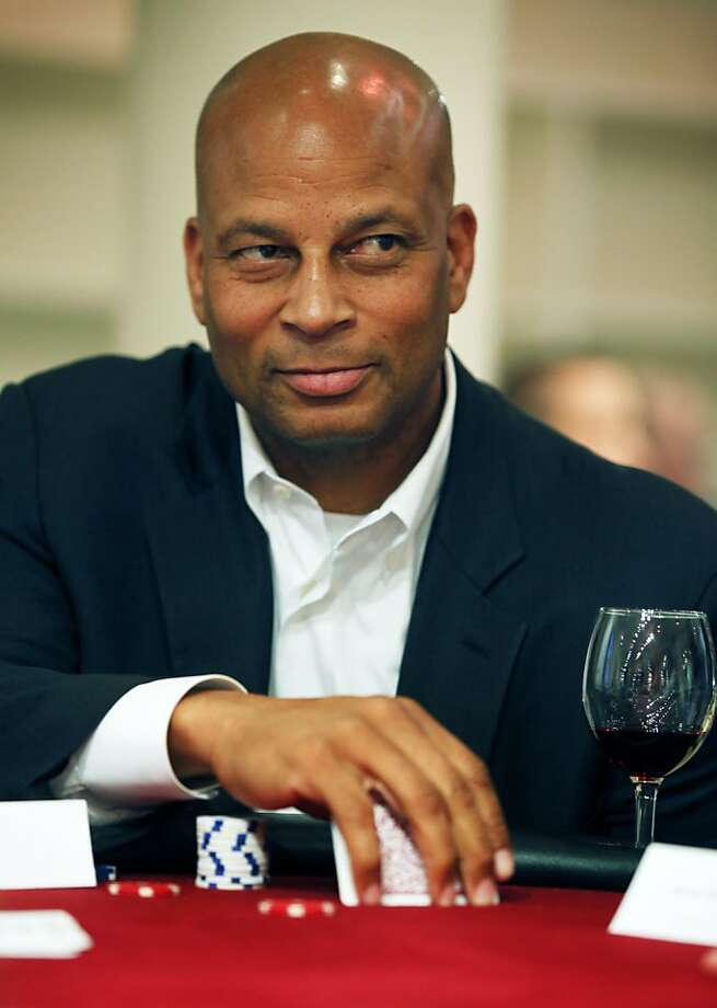 Ronnie Lott could tell the Giants what it's like to win multiple San Francisco titles. Photo: Lance Iversen, The Chronicle