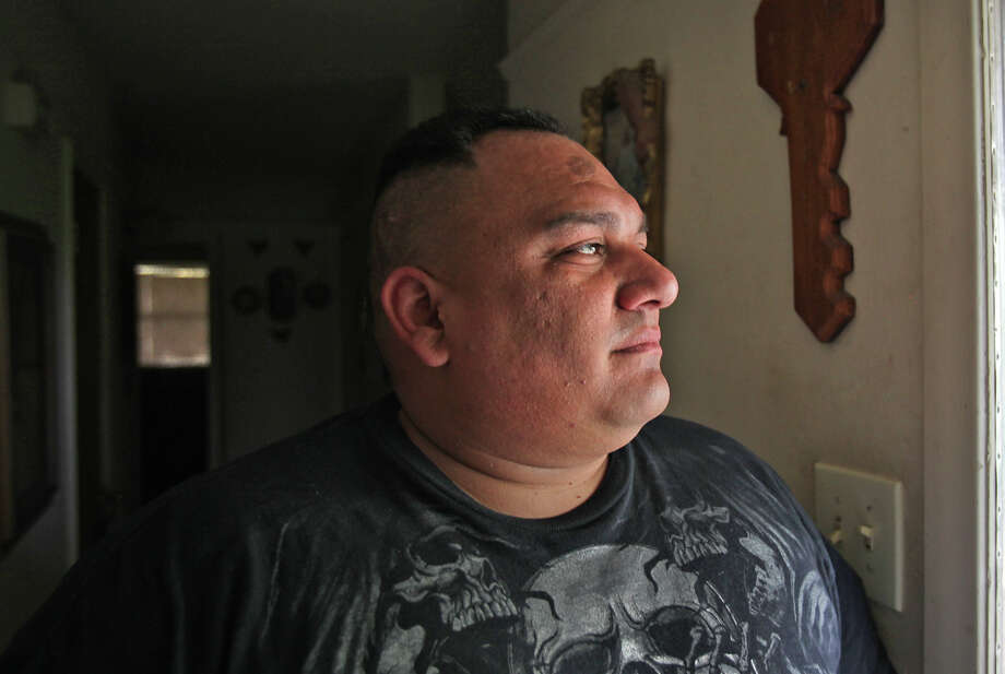 John Lara has spent the past decade climbing out from a past that includes a long criminal record and stints behind bars. Photo: Bob Owen, San Antonio Express-News / San Antonio Express-News