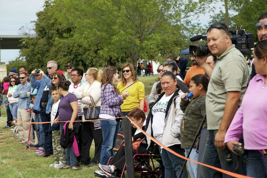 The Official Dignowity Hill Push Cart Derby. Photo: Express-News