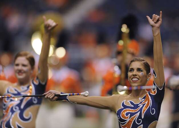 UTSA band majorettes perform before the WAC football between Utah State and UTSA at the Alamodome on Saturday, Oct. 27, 2012. (Billy Calzada / San Antonio Express-News)