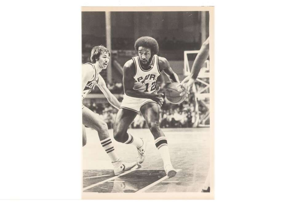 """1975: Having already executed the Gervin blockbuster, Drossos makes what he considers his best deal – sending fan favorite Swen Nater to the Nets for Larry Kenon, Mike Gale and Billy Paultz. Says Bass: """"That's a trade this franchise lived off of for years.""""Express-News file photo of Mike Gale in 1981"""