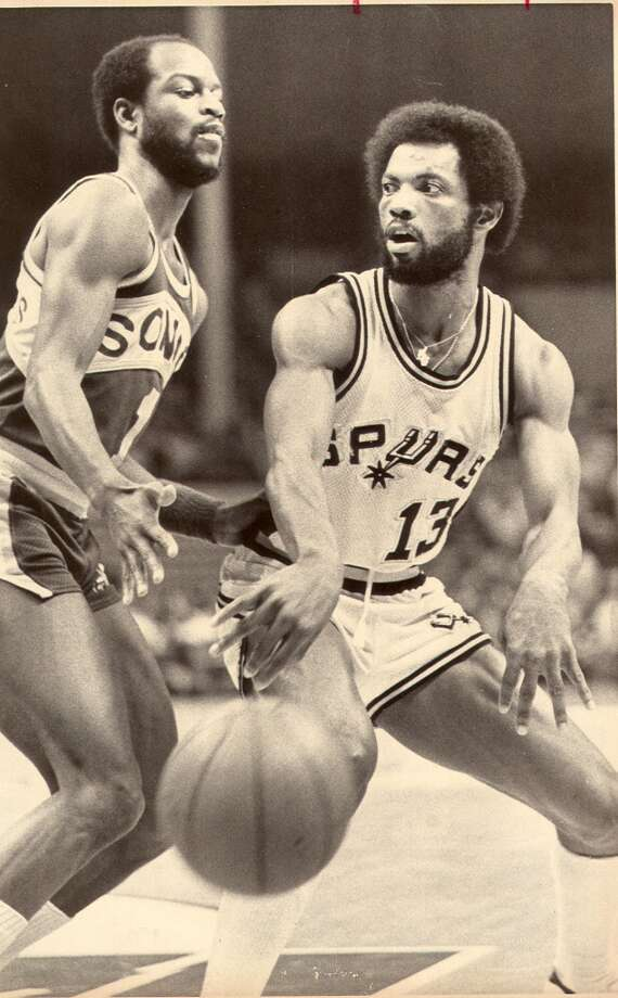 "No. 13 James Silas - ""Captain Late"". ..... teamed with Gervin to form one of the best backcourts in professional basketball. ..... led the Spurs in scoring in 1975-76 (23.8 ppg), after which his career was derailed by a serious knee injury . ..... recovered to play six more seasons, averaging 16, 17.7 and 17.7 points during one stretch. ..... ABA All-Star in 1975 and 1976. Express-News file photo (FILE PHOTO)"
