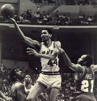 """No. 44 George Gervin - """"Iceman"""" ..... known for his smooth playing style and the fi nger roll. ..... averaged 25.1 points over 14 seasons. ..... four-time NBA scoring champion. ..... 12-time ABA and NBA All-Star. ..... All-NBA fi rst team from 1978 to 1982. ..... retired with more blocked shots than any shooting guard in NBA history. ... 1996 Hall of Fame inductee. Express-News file photo"""