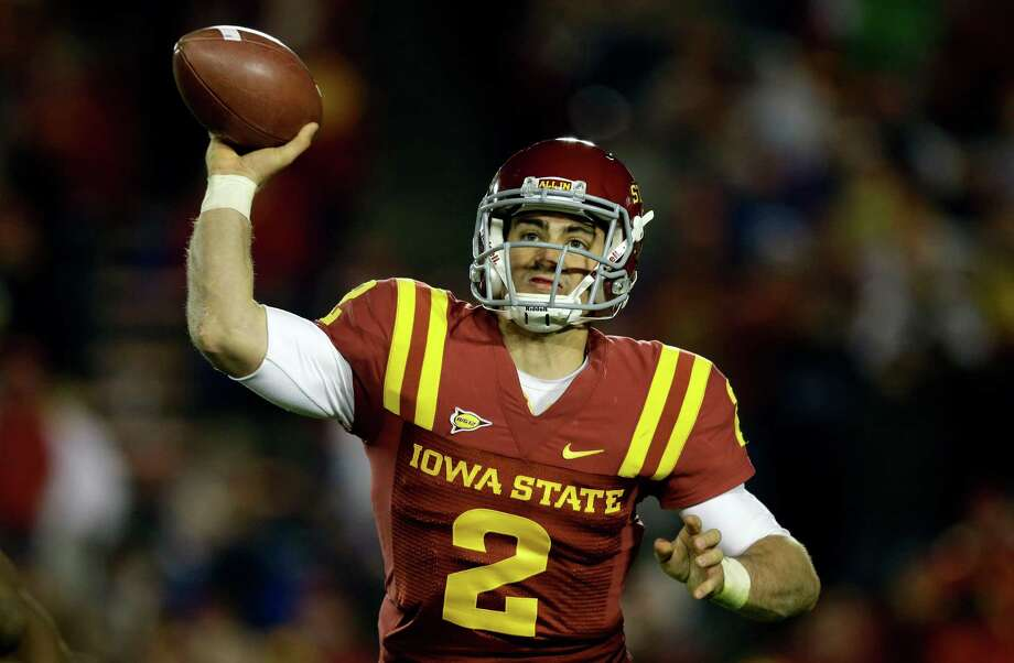 Iowa State quarterback Steele Jantz throws a pass during the second half of an NCAA college football game against Baylor, Saturday, Oct. 27, 2012, in Ames, Iowa. Jantz passed for 381 yards and 5 touchdowns as Iowa State won 35-21. (AP Photo/Charlie Neibergall) Photo: Charlie Neibergall, Associated Press / AP